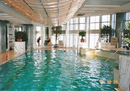 グランドハイアット上海のプール
