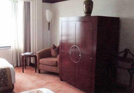 ポートマン・リッツ・カールトン上海の部屋内部
