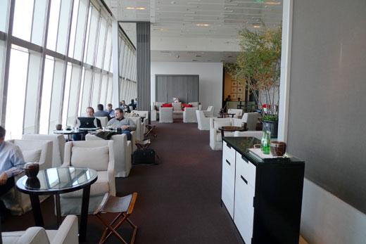 パークハイアット上海87階のラウンジの様子
