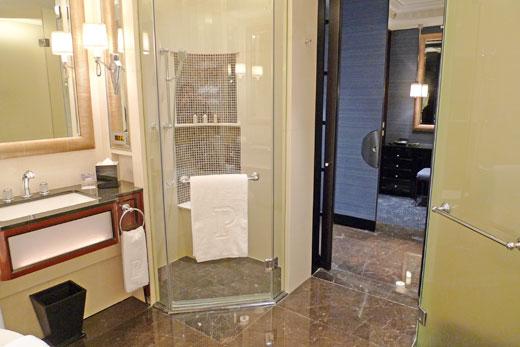ザ・ペニンシュラ上海のシャワールーム