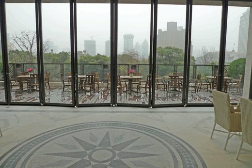 ザ・ペニンシュラ上海のテラス席