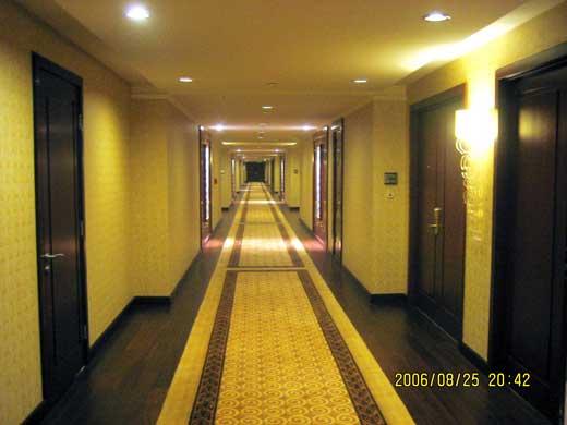 ラッフルズ北京ホテルの廊下