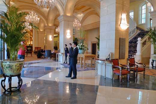 ラッフルズ北京ホテルのラウンジ