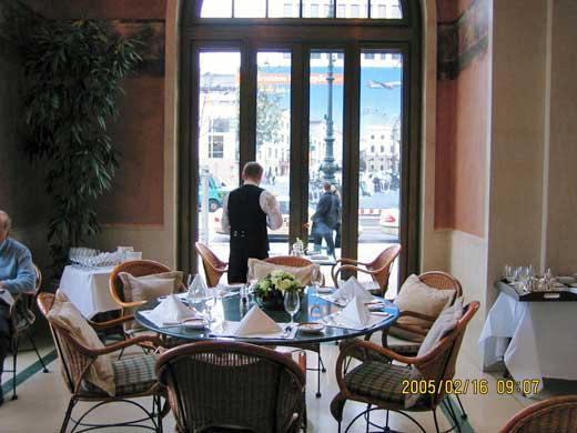 レストラン「Quarre」