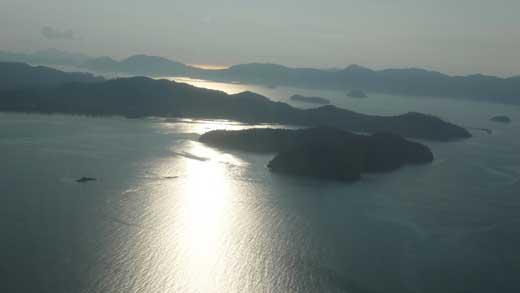 空から眺めたランカウイ周辺の島々